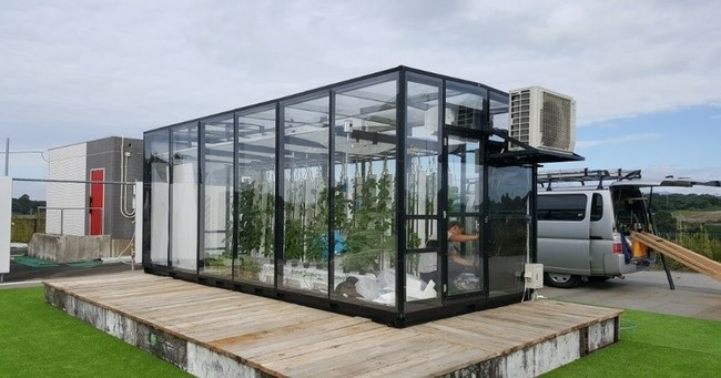 LPWAを活用し、太陽光利用型植物工場の栽培環境計測に関する共同実証を開始 ~最適な栽培環境の確立を目指して~の概要写真