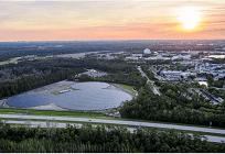太陽光発電でディズニーがミッキーを描く、未来体験のエプコット近辺での写真