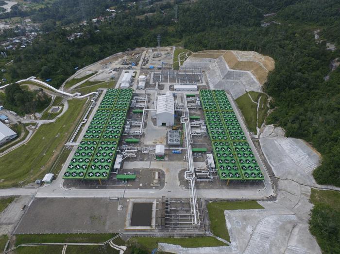インドネシア・サルーラ地熱発電の外観