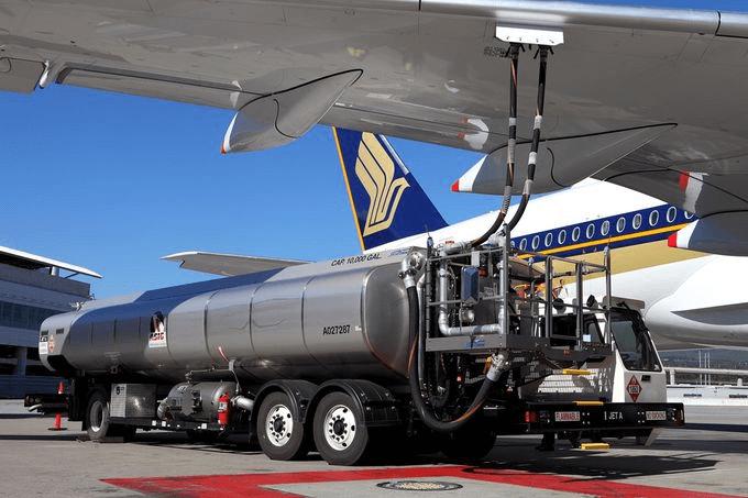 バイオ燃料による飛行