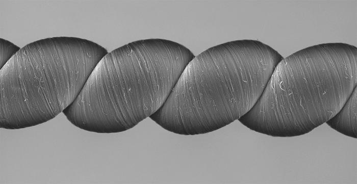 コイル状カーボンナノチューブ糸