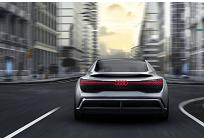 アウディの戦略、2025年までに全モデルが電動化バージョンを選択可能にの写真